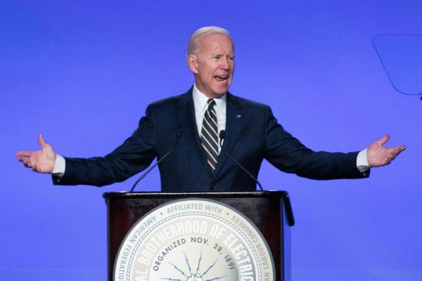 Biden ataca a Trump por su actitud en el debate y dice que fue una
