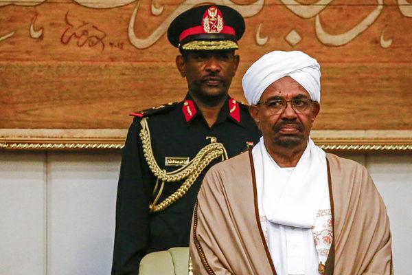 Junta militar de Sudán destituye al presidente