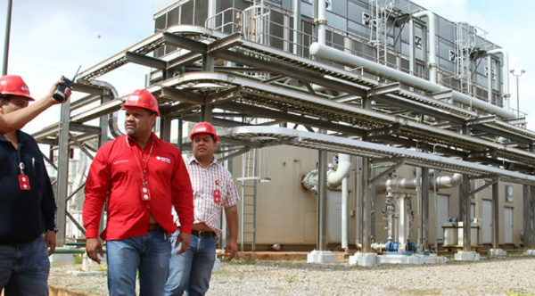 Pdvsa pone en marcha generador de electricidad para recuperar producción