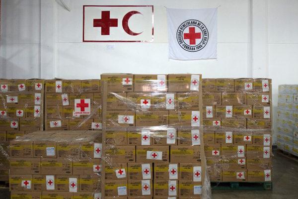 'Ayuda a paliar la grave situación': Cruz Roja envió 40 toneladas de ayuda humanitaria a Venezuela