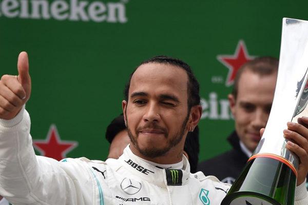 Hamilton gana el Gran Premio de Fórmula 1 de China