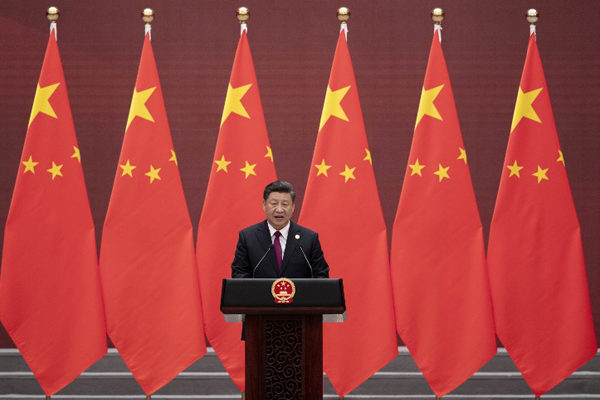 China retoma negociaciones con EEUU con menor crecimiento en casi 30 años