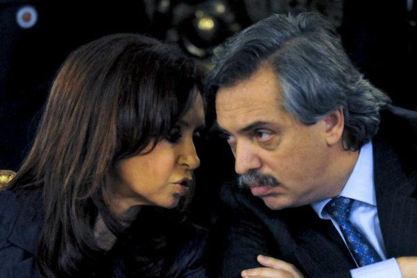 Inversores están inquietos por eventual gobierno Fernández-Kirchner en Argentina