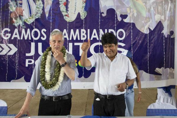 Morales inicia campaña electoral y pide cinco años para lograr la liberación