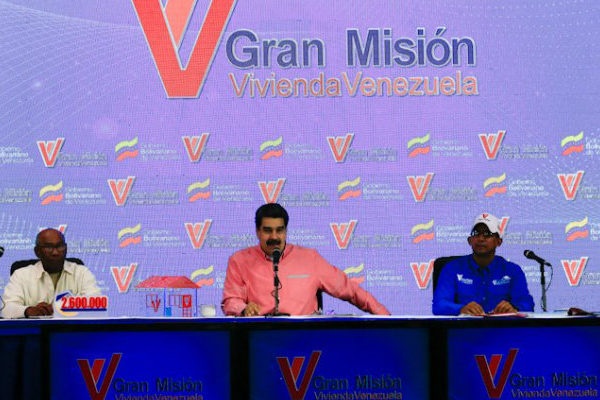 Maduro aumenta topes de créditos para viviendas