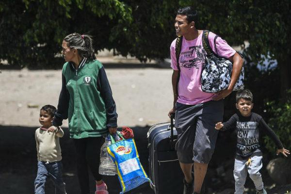 La frontera con Colombia, una región golpeada por los males de Venezuela