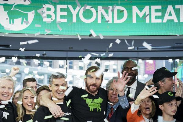 La «carne» hecha con plantas debuta en Wall Street y se dispara 150%