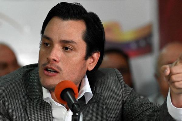 Guaidó nombra a Paparoni como encargado contra el lavado de dinero y corrupción