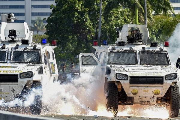 ONU y EEUU advierten sobre uso de la fuerza contra manifestantes en Venezuela