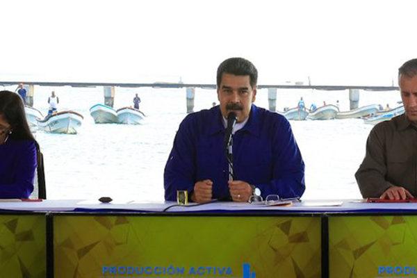 Maduro asegura que continúa el diálogo político con mediación de Noruega