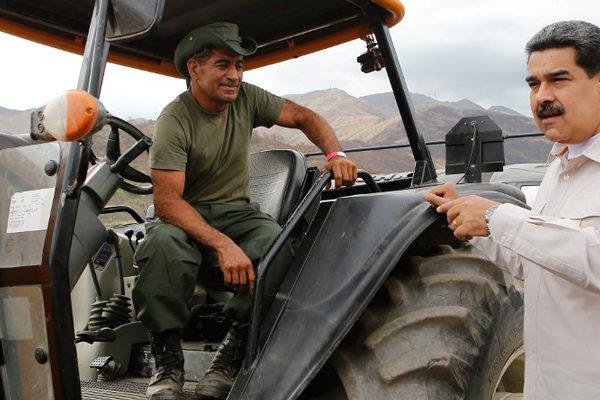 Maduro advierte de posible escalada militar en renovada tensión con Colombia