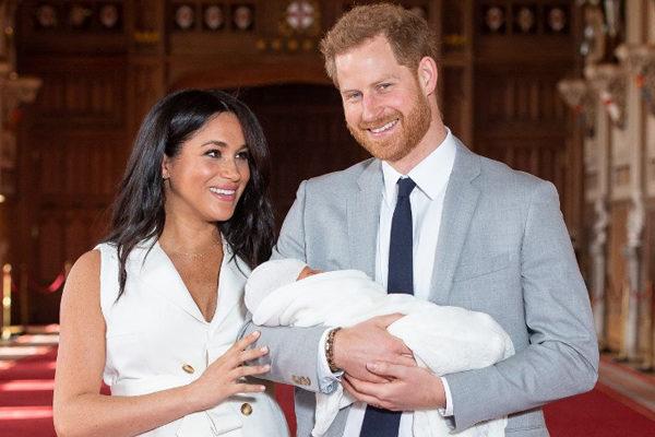 Enrique y Meghan presentan a su bebé y se llama Archie