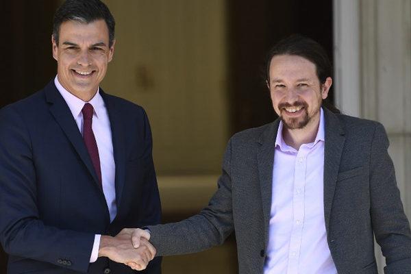Socialista Pedro Sánchez logra mayoría y Podemos entra al gobierno español