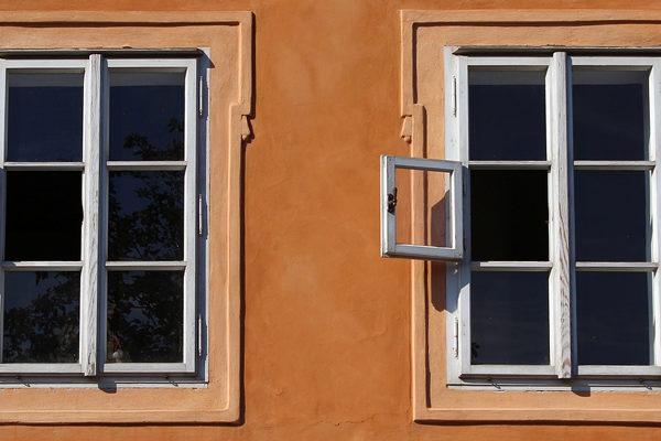 Informe especial | Mesas de cambio, una ventana abierta a destiempo