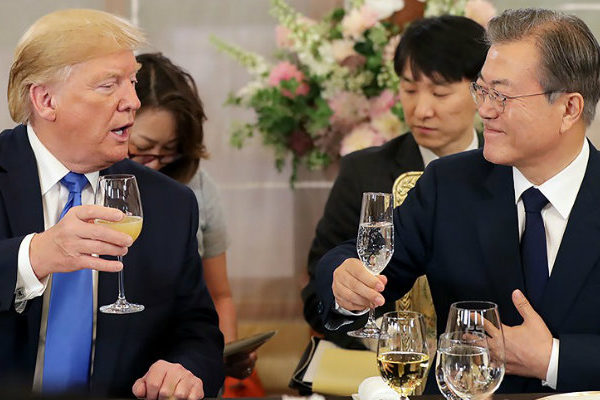 Trump propone a Kim una reunión en la frontera entre las dos Coreas