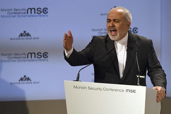 Canciller iraní promete estar al lado de Venezuela para enfrentar las sanciones