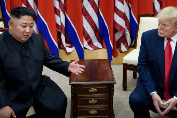 Trump hace historia con su breve paso por Corea del Norte