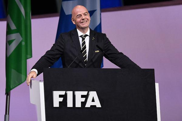 Infantino es reelegido en la FIFA después de imponer un nuevo récord en ingresos