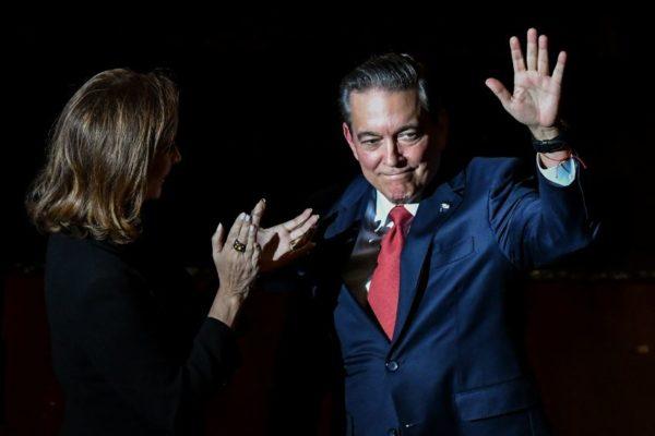 Laurentino Cortizo asume presidencia de Panamá con la promesa de
