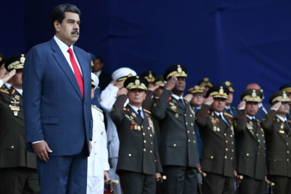 Maduro coloca a Suárez Chourio como su oficial militar más cercano