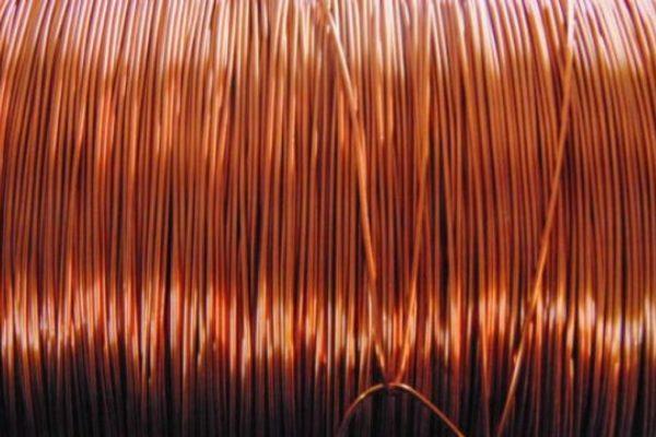 El cobre supera los US$10.000 por tonelada por primera vez en 10 años