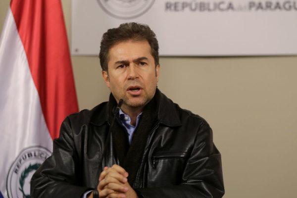 Canciller paraguayo renunció tras escándalo por firma de acta sobre energía con Brasil