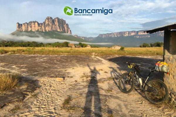 Bancamiga patrocina a deportista venezolano en el «Everest» del ultra ciclismo