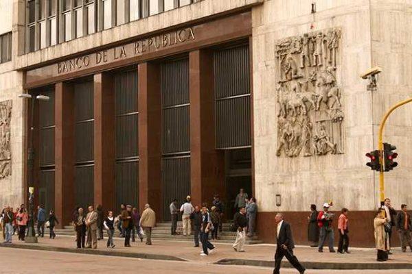 Gobierno colombiano abre crédito para empresas afectadas por las protestas