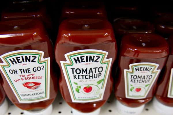 Kraft Heinz recortará unos US$2.000 millones en costos y aumentará inversión en marketing