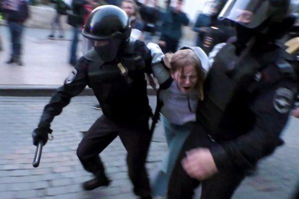 Más de 20.000 rusos protestaron para exigir liberación de presos políticos
