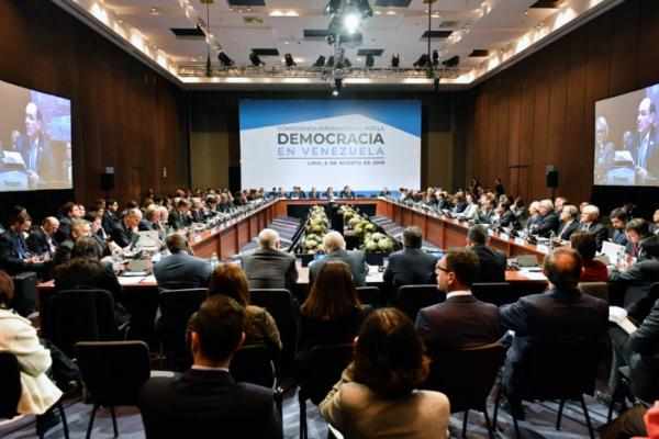 Representantes de 50 países esperan que nuevas sanciones permitan salida de Maduro