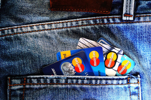 Beneficios y riesgos de la tecnología ''contactless'' de las tarjetas de crédito