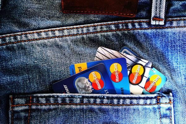 Beneficios y riesgos de la tecnología »contactless» de las tarjetas de crédito