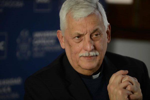 El líder de los jesuitas Arturo Sosa pidió un
