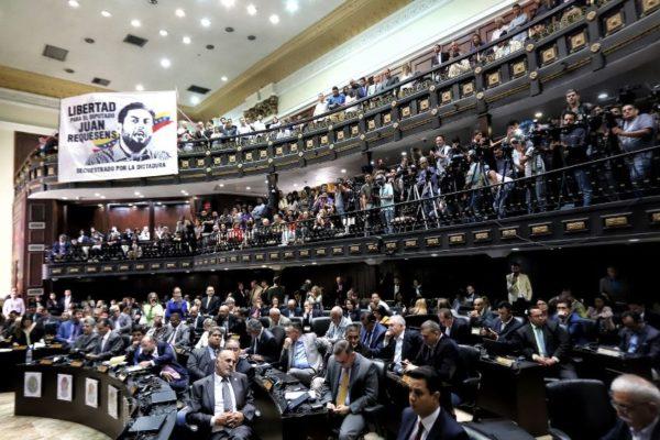 Fuerzas democráticas advierten que la AN elegida sin condiciones será desconocida