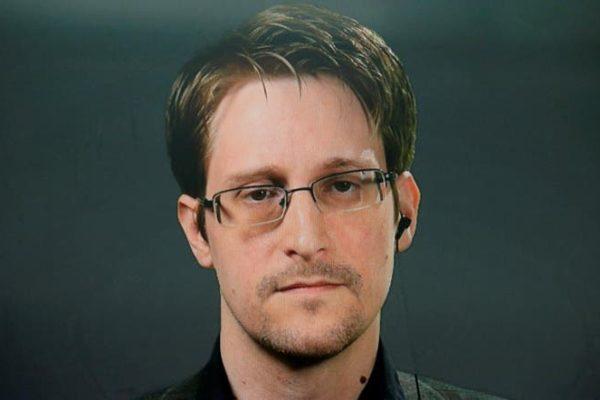 Edward Snowden señaló que quiere volver a EEUU pero con «juicio justo»