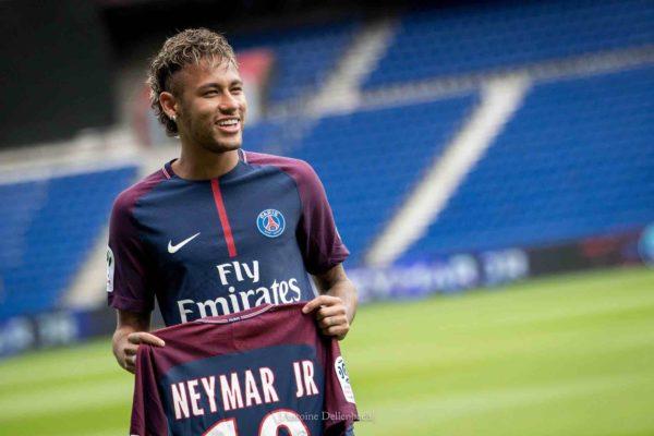 El PSG comienza negociaciones para renovar a Neymar, Mbappé y Di María