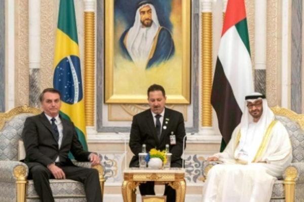 Presidente brasileño firma convenios comerciales y de defensa en Emiratos Árabes