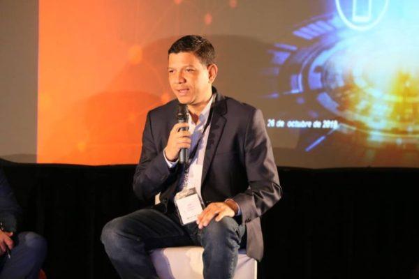 Morales (BDV): «hemos cambiado a la banca convencional con la transformación digital»