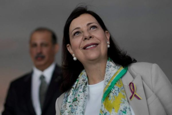 La embajadora de Guaidó en Brasil expone el plan para «reconstruir» Venezuela