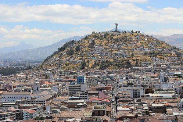 Quito está bajo control de precios e irregularidad en el transporte por protestas