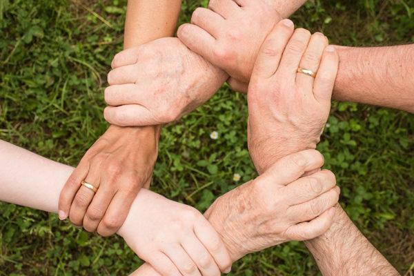 #TuBolsillo Cuatro consejos de inversión que deberíamos darle a nuestros hijos