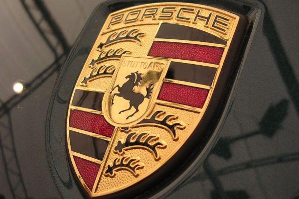 Porsche lidera ranking de las marcas más lujosas del mundo en 2019
