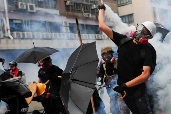 Hong Kong sobrevive a una semana de caos y violencia