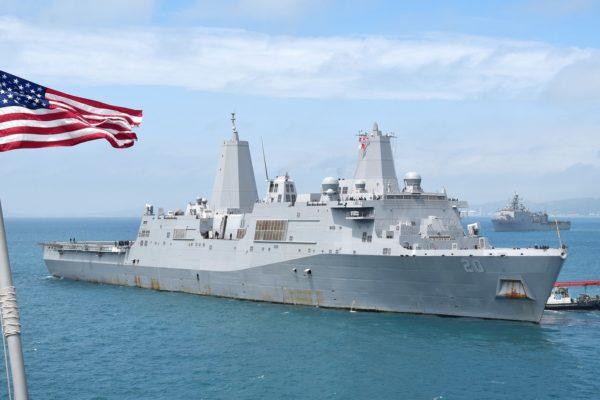 Buques de guerra de Estados Unidos desafían a Beijing en el Mar de China Meridional