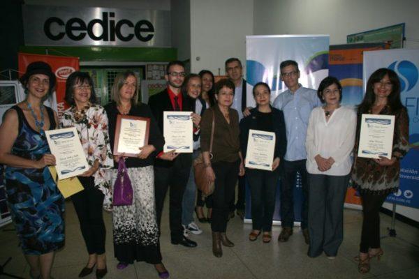 Banesco recibe mención en premio de periodismo otorgado por la Cámara de Caracas