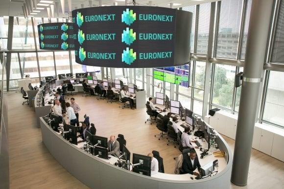 Operador bursátil paneuropeo Euronext presenta proyecto de oferta en Bolsa de Madrid
