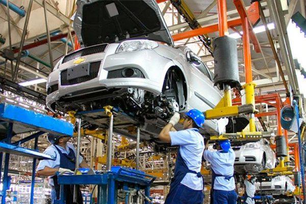 Favenpa anuncia caída del 15% en la industria automotriz nacional