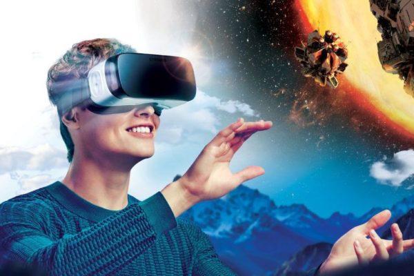 Facebook mostrará anuncios dentro de sus gafas de realidad virtual Oculus