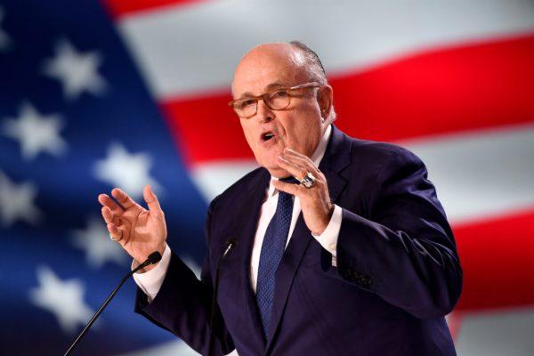 Rudy Giuliani, abogado personal de Trump, está hospitalizado por #COVID19